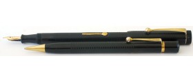 MS566 The Universal Lever Fountain pen and Pencil Set, boxed.  (Medium)