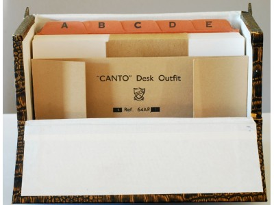 "AC579 Canto ""Take-On"" Desk Outfit"