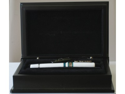 GE001 Gevril 3679 Rollerball, boxed.