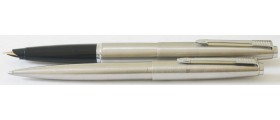 PA2546 Parker 45 Flighter Fountain Pen and Ballpoint Set, boxed. (Fine)