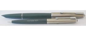 PA2622 Parker 51 Classic (Transitional) Fountain Pen & Pencil Set, boxed.  (Generous Broad)