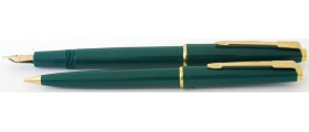 PA2655 Parker Slimfold Fountain Pen and Pencil Set ,boxed.  (Soft Medium)