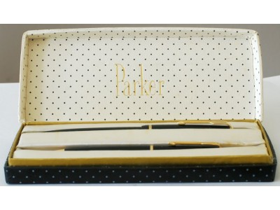PA2795 Parker Duofold Junior Fountain Pen And No. 3 Pencil Set, boxed (Fine).