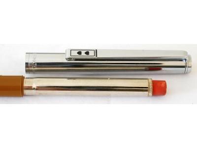 PM038 Papermate Queen Elizabeth II Silver Jubilee Pencil.