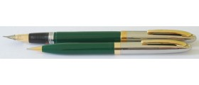 SH1521 Sheaffer Sentinel TM Touchdown Fountain Pen and Pencil Set, boxed. (Medium)