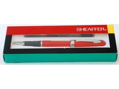 SH1590 Sheaffer School Pen, boxed. (Fine)