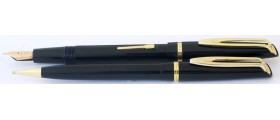 WA662 Waterman L-2 Fountain Pen and Pencil Set, boxed.  (Soft Fine).
