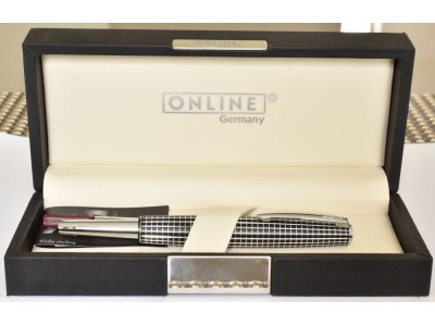 OL007 Online Business Line Rollerball, Globe, boxed.