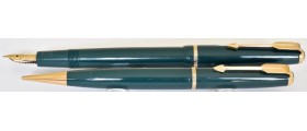 PA3081 Parker Slimfold Fountain Pen and Pencil Set, boxed.  (Soft Medium)