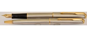 PA3117 Parker Sonnet Stainless Steel Fountain pen and Ballpoint Set, boxed (Fine)